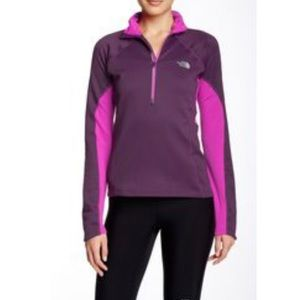 NORTH FACE Momentum Thermal 1/2 Zip Pullover